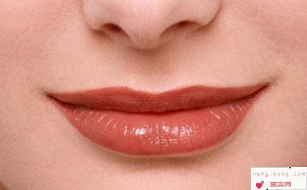 完美唇部的标准是什么